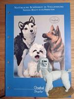 Élethűen kidolgozott Uszkár kutya Goebel Saphír kollekció darabja 1996