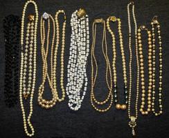 11 darab régi nyakék egyben eladó