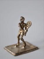 Ezüst teniszező miniatűr magyar ezüstjellel eredeti patinás színben 900‰