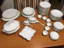 Thun porcelán étkészlet