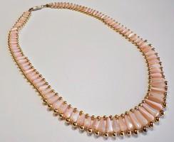 Gyöngyházfényű rózsaszín üveg gyöngy nyaklánc