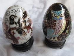 2 db porcelán tojás egyben eladó, 6,8 cm magas, átmérő 4,6 cm, nem jelzett