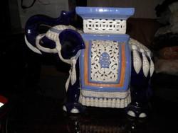 Hatalmas kerámia elefánt