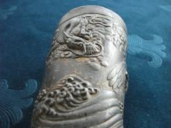 Antik kínai Sárkány és Sas mintával dombor fém ecset tartó