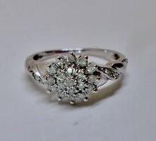 Szép 0.31ct brill arany gyűrű