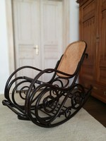 Thonet hintaszék
