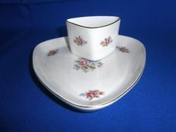 2 db nagyon régi Hollóházi porcelán kínáló tálka virág mintával