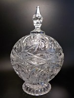 Csiszolt  fedeles nagyméretű kristály asztalközép kínáló