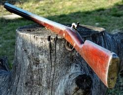Elöltöltős puska