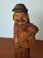 Régi, faragott, fa szobor népies mintával eladó