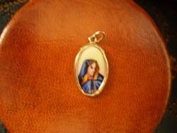 Antik Arany Mária medál