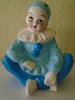 Japán pierott porcelán  figura szép különleges darab 15 x 33 körmérete cm ben