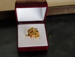 Arany 18k Női gyűrű   6.7 gr