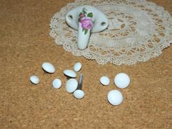 Antik porcelán fiók gombok és akasztó.