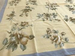 Rózsás kendő pasztell színekkel, selyem és pamut keverék, Codello márka