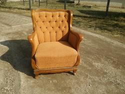 Csodás formájú neobarokk füles fotel szecessziós hangulatú karfákkal kényelmes rugós üléssel