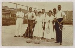 0V468 Régi fekete-fehér tenisz csoportkép képeslap