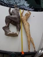 90 cm magas szobor, gipsz, fémvázon, nyújtózkodó nőalak