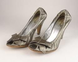 0V821 Ezüstszürke Stefany P női bőr cipő 38-as
