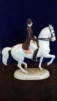 Hofburgi lovas bemutató porcelán figura