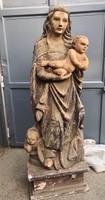Gótikus jellegű Mária faszobor gyerekkel
