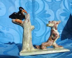 A holló és a róka : régi kerámia kisplasztika.