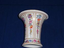 Nagyon régi porcelán váza