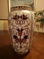 Gyönyörű Zsolnay, dúsan festett keleti stílusú váza erős színekkel, hibátlan, új
