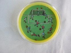 Retro trafikáru focis ügyességi játék