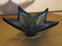 Hatalmas, Indigókék, Csillag alakú Asztalközép.