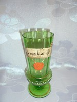 Festett régi üveg pohár lóherés viaszpecséttel