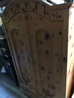 Paraszt Cirbolya fenyő antik szekrény 1891