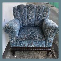 Mutatós, legyező támlás, kényelmes fotel