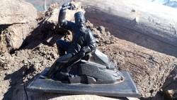 Ércet fejtő bányász 19.század közepe öntött vas szobor