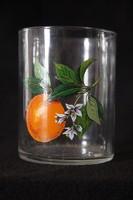 Színes narancs díszítésű üveg pohár