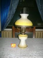 Régi tejüveg asztali petróleum lámpa