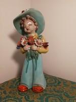 Rahmer kerámia figura, virágos lány kalappal