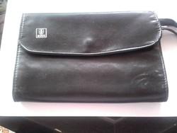 Szétnyitható fekete autós táska BKV relikvia