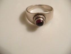 Gránát köves régebbi ezüst gyűrű