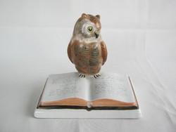 Bodrogkeresztúri kerámia könyvön ülő bagoly