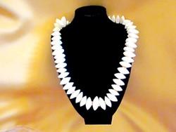 Fehér KORALL nyaklánc