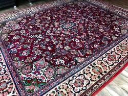 Hatalmas méretű Iráni kézi csomózású perzsa szőnyeg