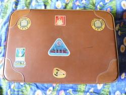 Retro koffer bőrönd