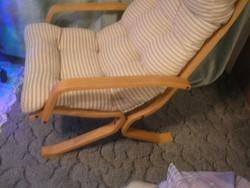 N10 Thonet  pihenő,relaxáló fotel gőzölt bükkfa lakkozott,vastag fejtámasz betéttel igazi stílusikon