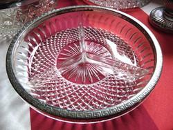 2 db régi fém peremes öntött üveg tál