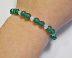 Zöld aventurin és opalit köves gumis karkötő