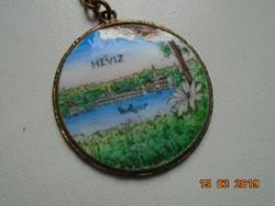 Hévíz souvenir kulcstartó,zománc kép valamikor aranyozott keretben