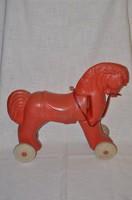 Retro műanyag játék ló
