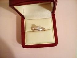 Cirkonos ezüst gyűrű