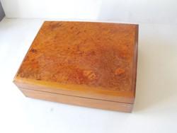 Savinelli 1876 márkájú minőségi fadoboz
